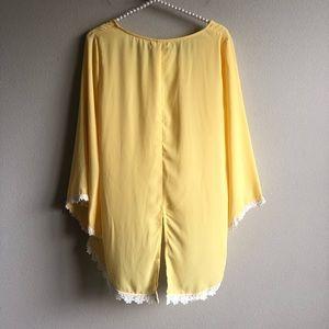 Umgee Tops - Umgee Chiffon Top Yellow M NWT